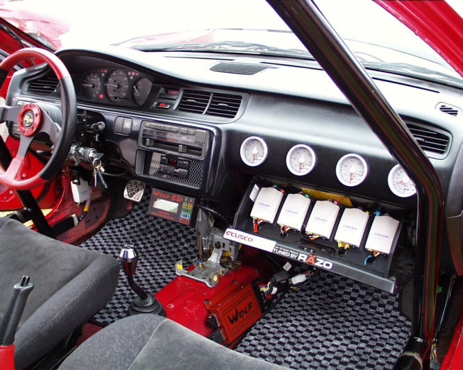 street racing cars interior pictures to pin on pinterest thepinsta. Black Bedroom Furniture Sets. Home Design Ideas