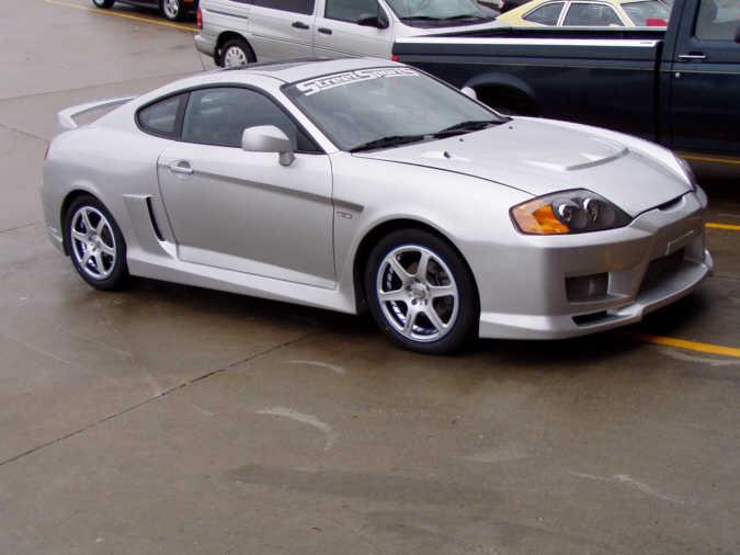 Project Cars 2004 Hyundai Tiburon Gt V6